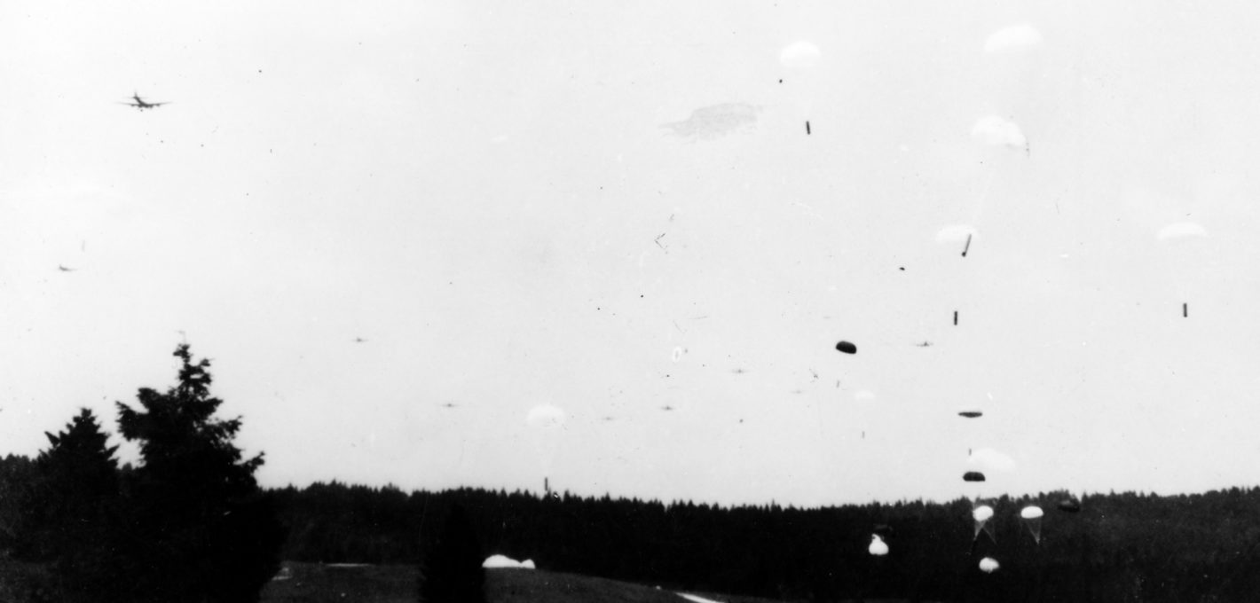Parachutage prairie Echallon